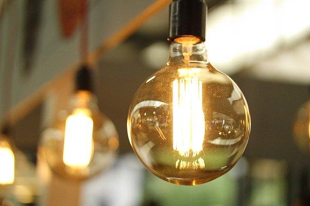 kulatá žárovka.jpg