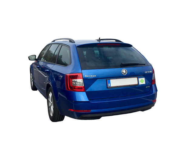modrá Škoda Octavia
